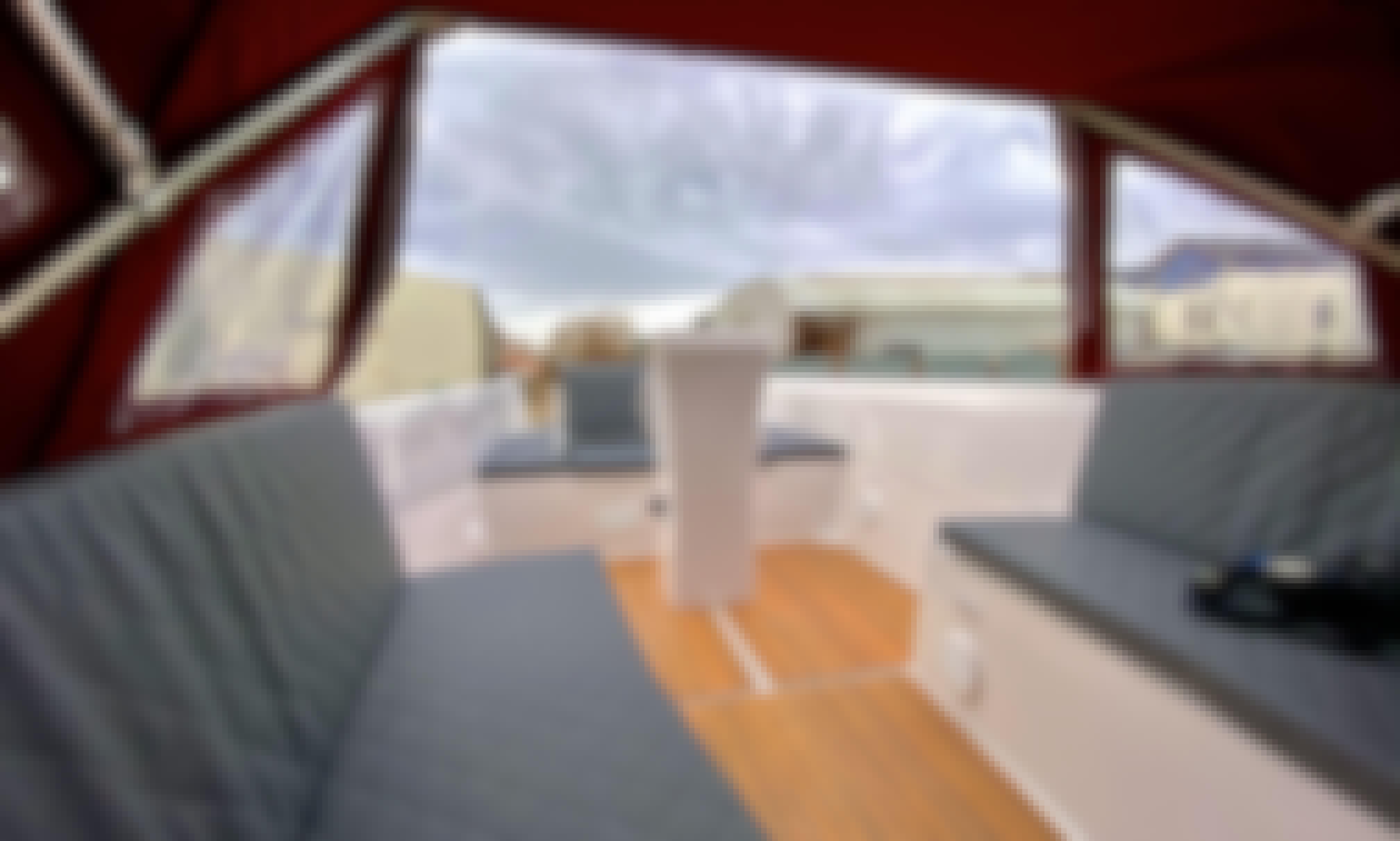 Sloep Namare 560 Q Loungeboat Powerboat in Berlin