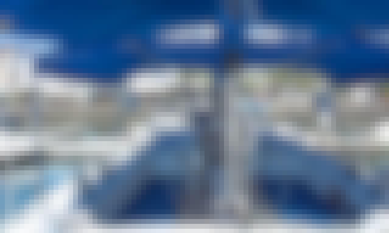 Book the Sailing Yacht Moodi 42 in Puerto Vallarta, Jalisco