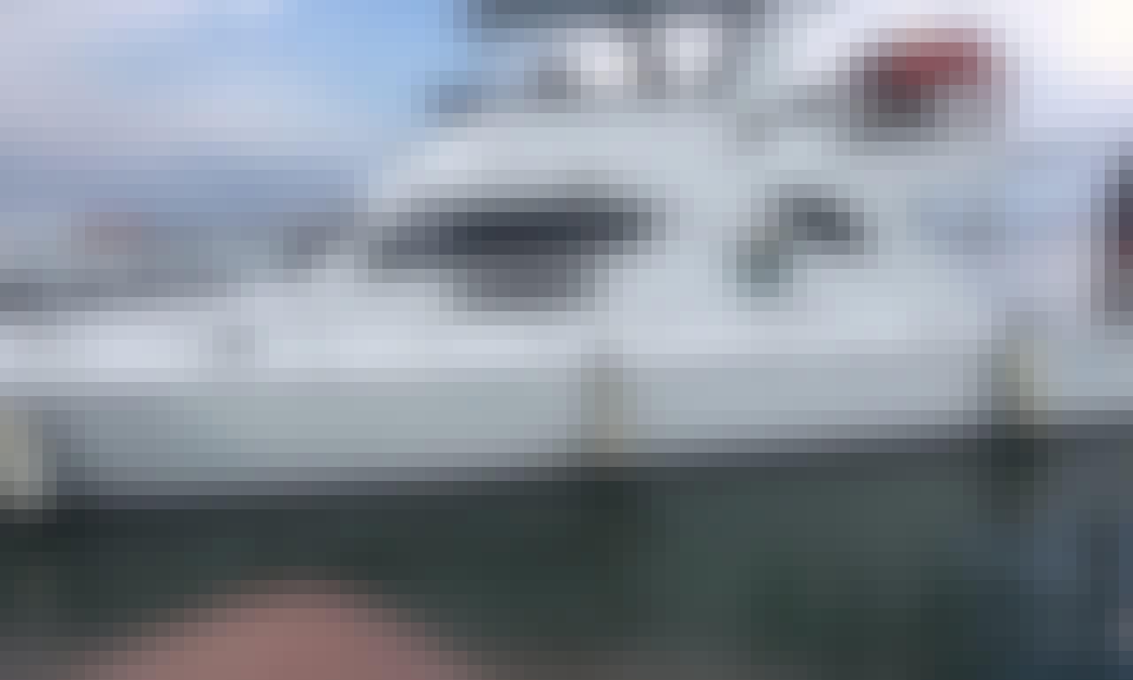 44' Motor Yacht Rental in Kecamatan Denpasar Selatan