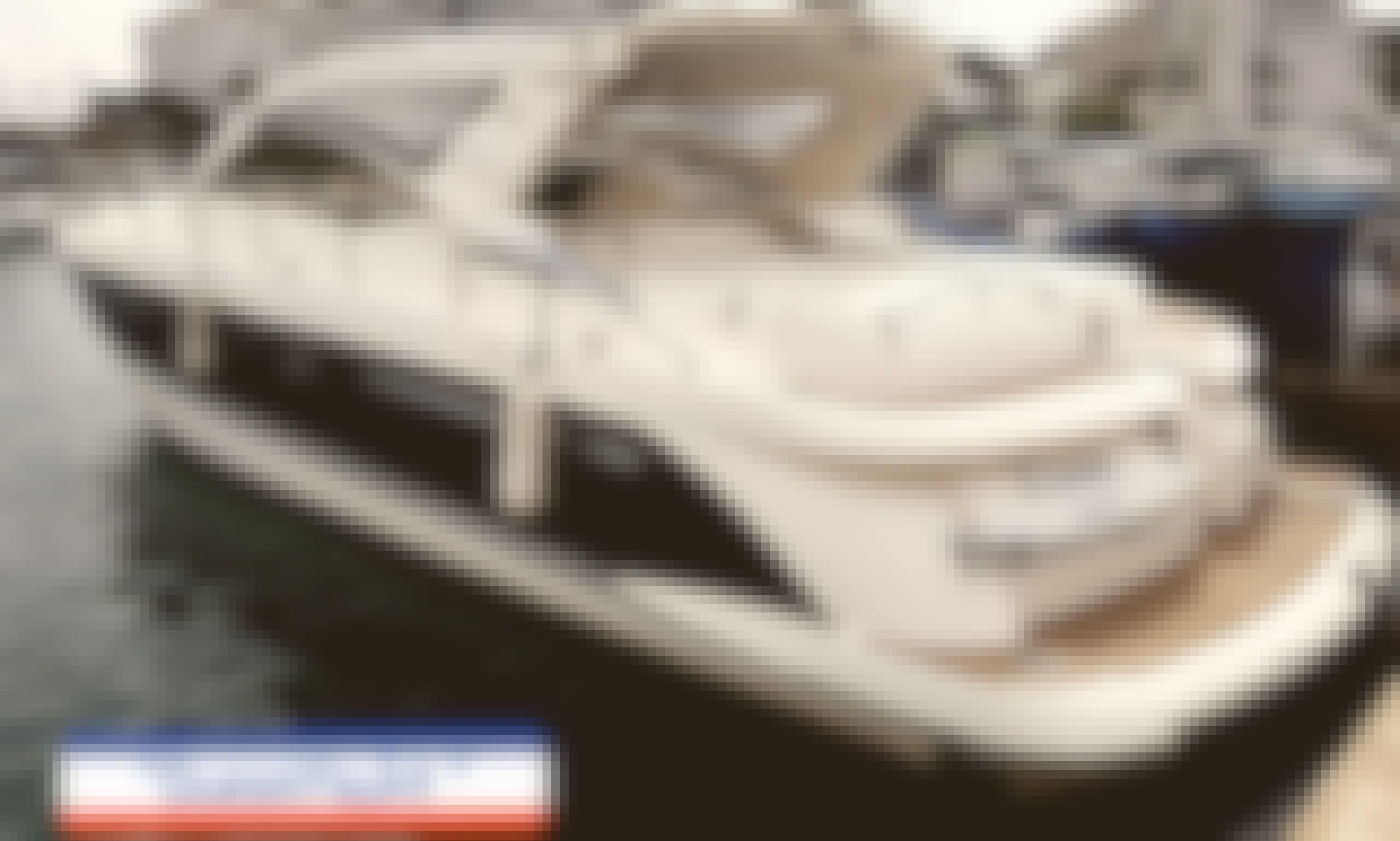 Luxury Motor Yacht Rental in Eilat   (Up to 10 people)