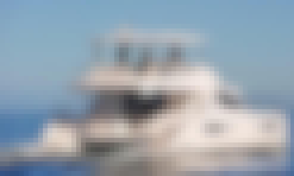 Luxury Power Catamaran Rental in Road Town, Tortola