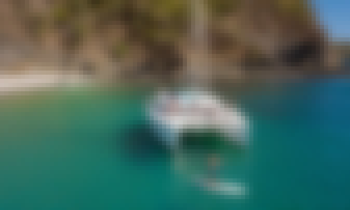 Luxury Catamaran - Private Charter from Playa Potrero/Flamingo