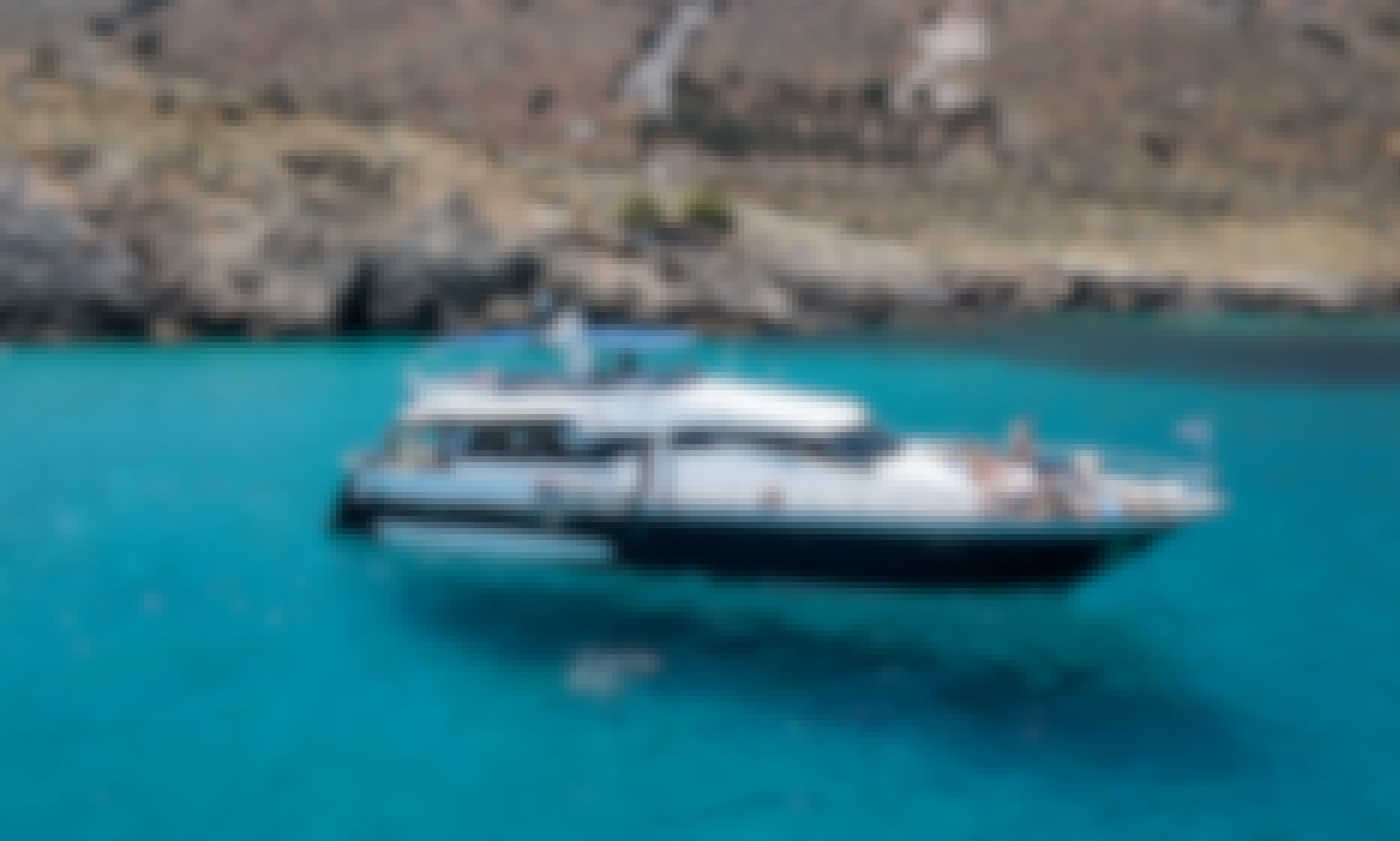 Summer Dream Motor Yacht Charter in Rethymno, Greece