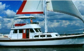 Luxury Sailing yacht on Charlotte Harbor for short or long sailing expeditions!