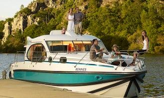 Hire 36' Quattro S Canal Boat in Aigues-Mortes, Occitanie