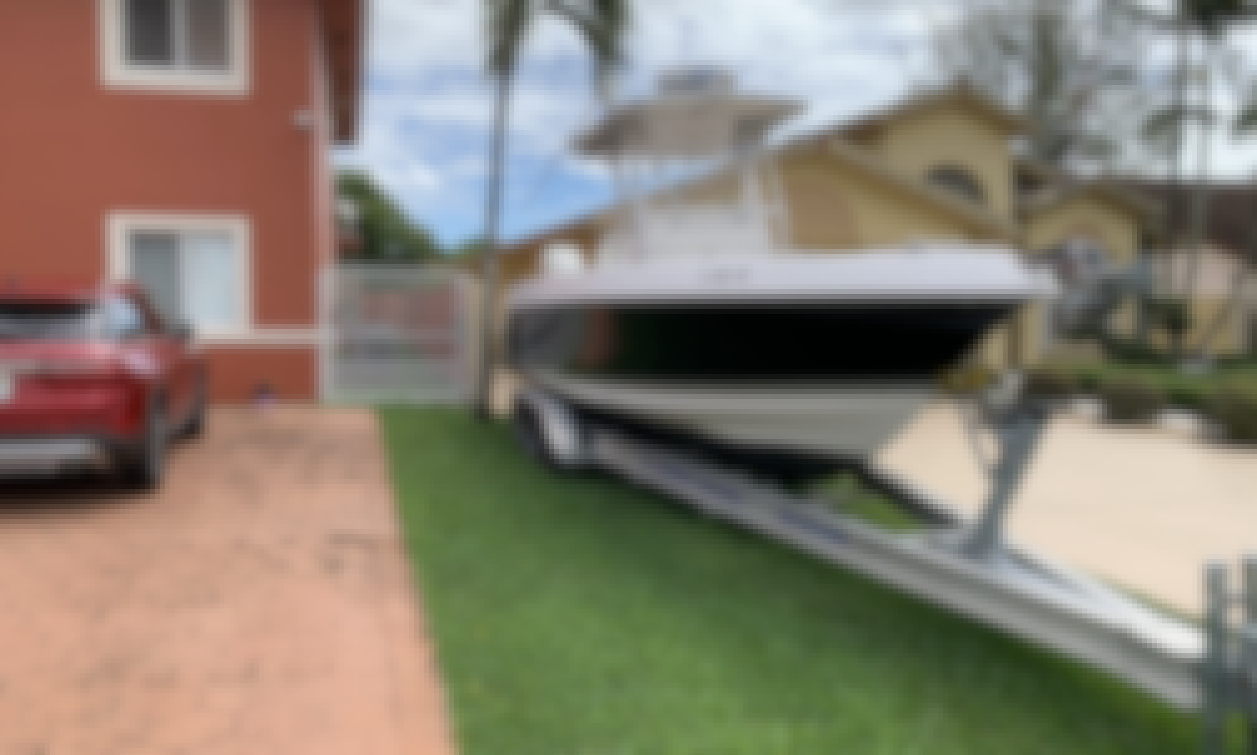 2008 proliner 29 super sport 10 guests Captain include with full,day rental