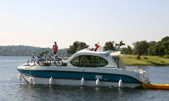 Book 2 Cabin Self-Drive Canal Boat in Glénac and Enjoy the Magic and Mystery of Brittany Region!