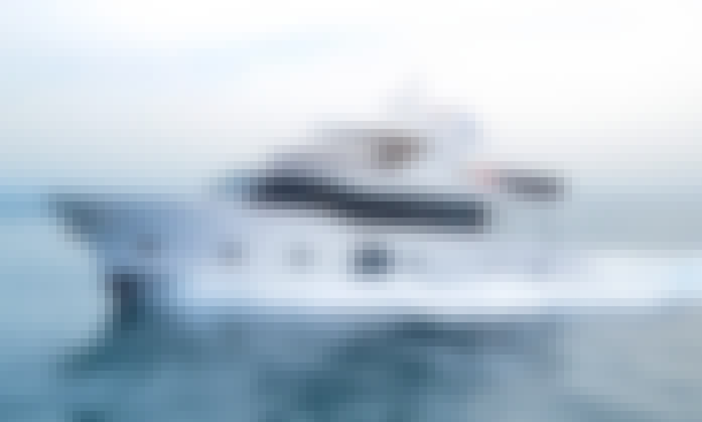 MAJESTY 75 LUXURY BOAT FOR PRIVATE CHARTERS IN DUBAI