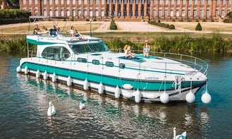 10 Person Octo Fly C Canal Boat Rental in Saverne, France