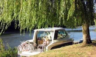Hire the Elegant Primo Canal Boat in Saverne, France