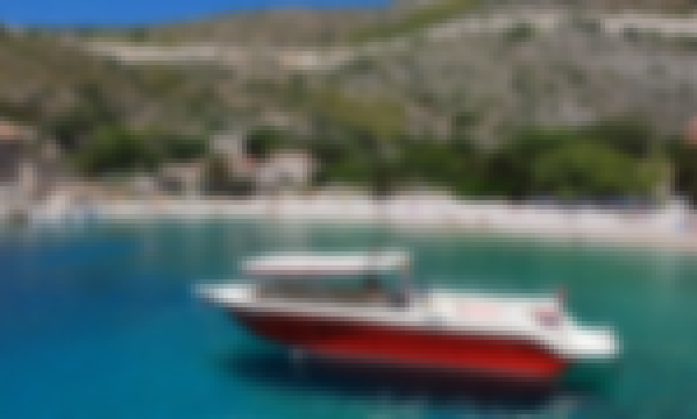 Enzo 35 Private Speedboat Tours From Hvar with 2 crew members