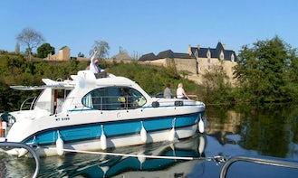 Book 1 Week Rental on 36' Self-Drive Canal Boat in Grez-Neuville