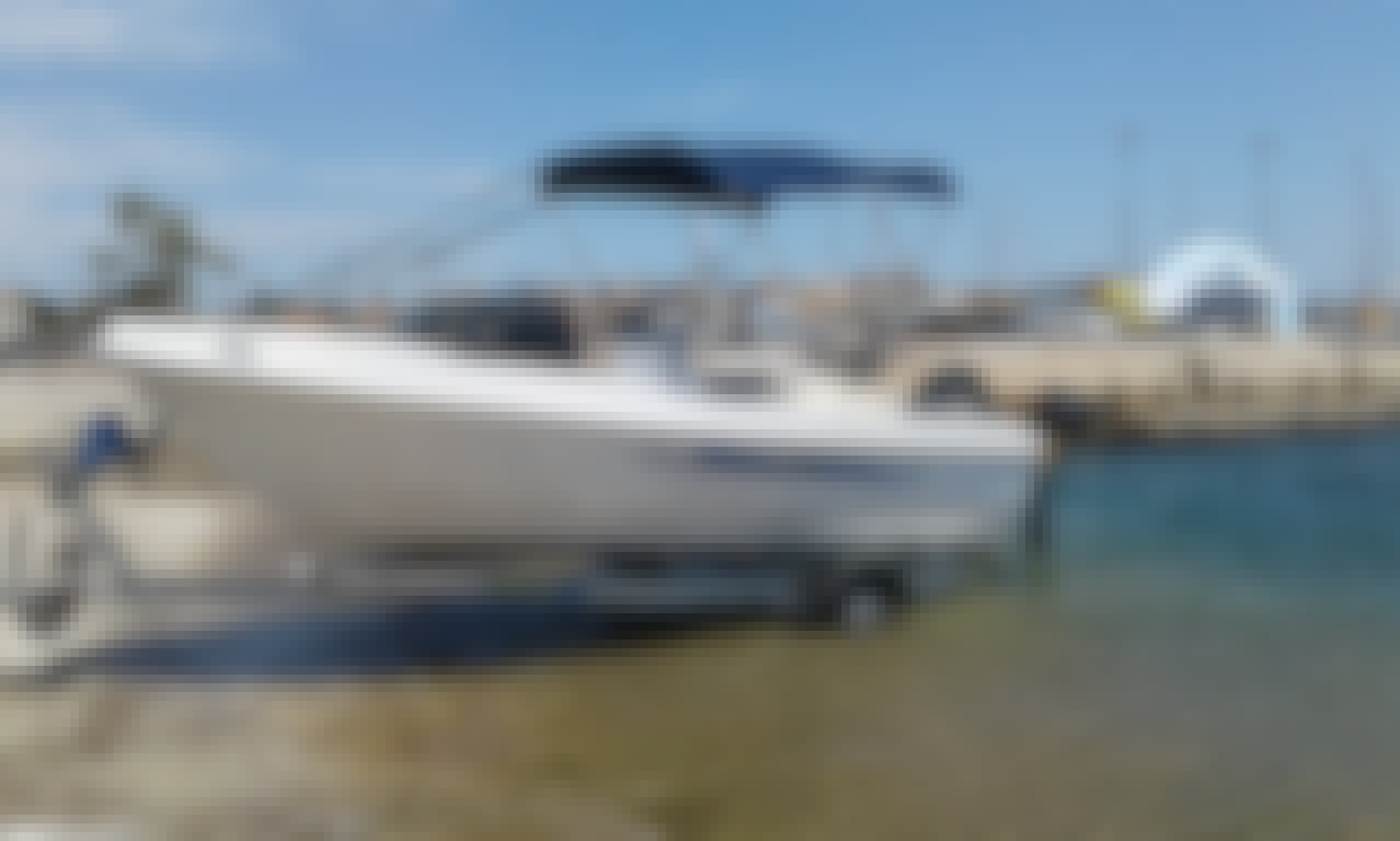 Rent this Powerboat for 6 People in Sivota