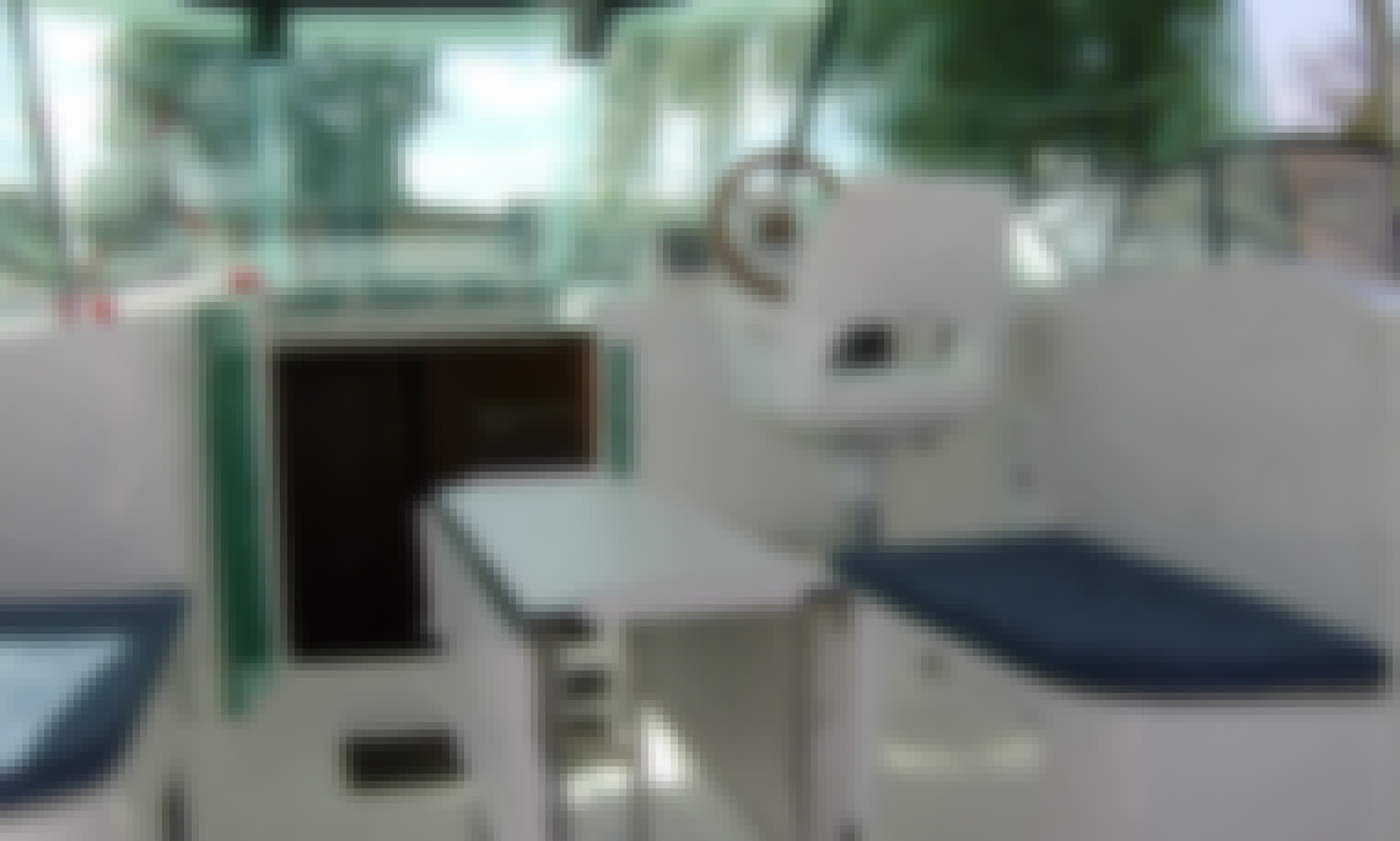 Delphia Escape 1050 Motor Yacht for 6 People from Flevostrand