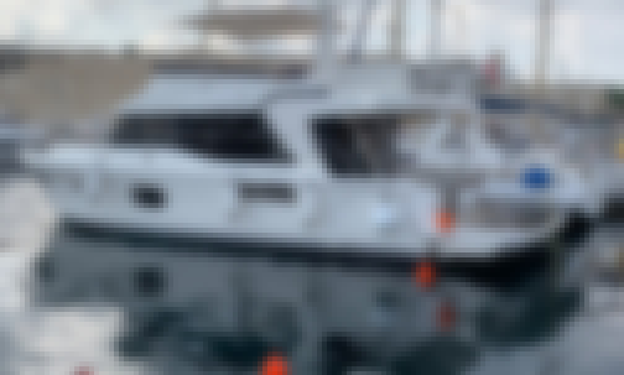 Beneteau Swift Trawler 47 for 8 People in San Ġiljan, Malta