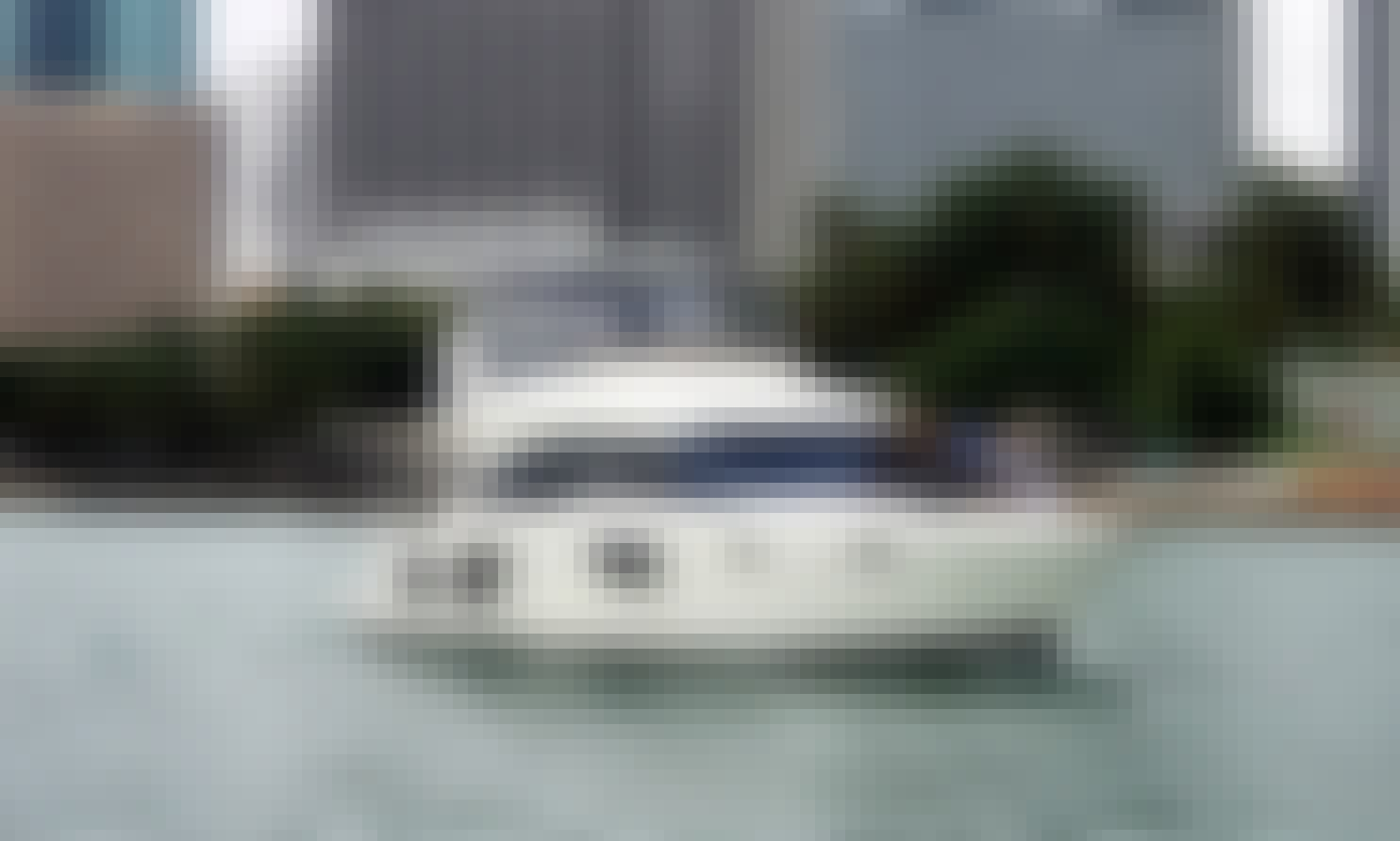 ISOLATE IN STYLE. Miami Style. 50 Ft Luxury Yacht with lots of areas to hang out.