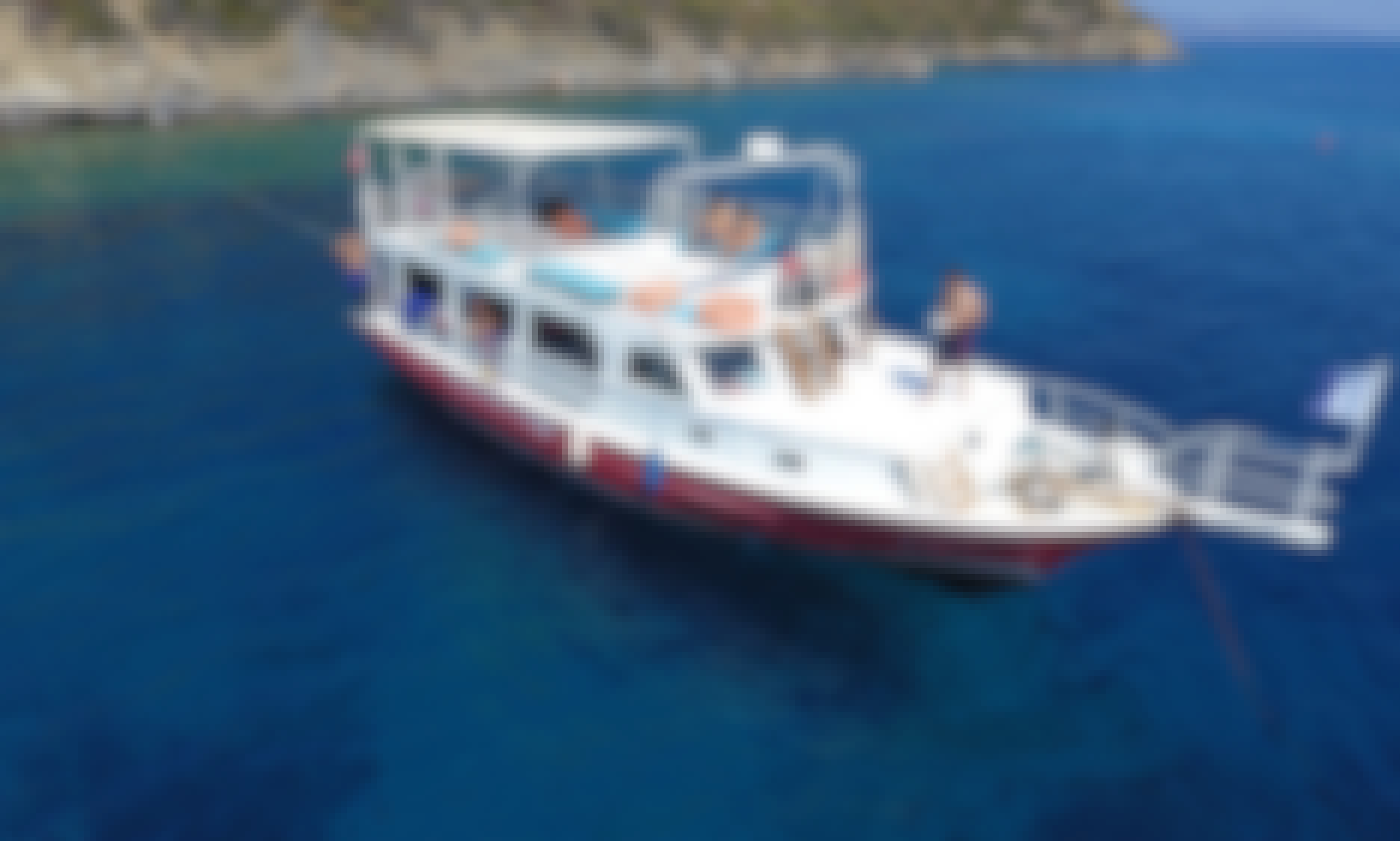 """Take your dives with 22 years of experience and confidence. The only address in Datça for diving training with international standards. PADI & CMAS (TSSF) Diving Center, UÇANBALIK Diving Center. 40 Diving Points are waiting for you with """"Night Dives by Boat"""" and Dives with Boat Accommodation. NEVER STOP EXPLORING"""