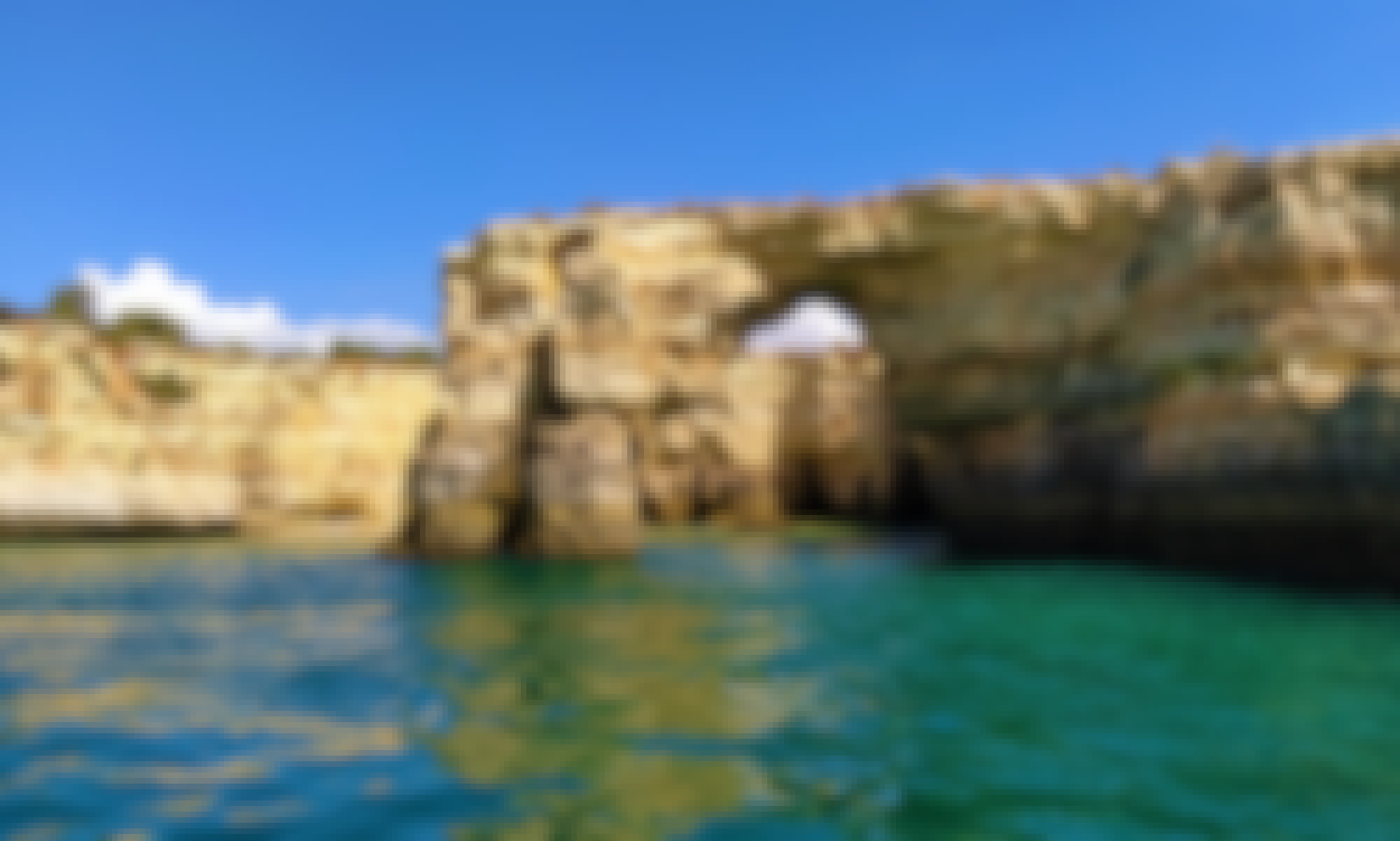 From Vilamoura: 2.5-Hour Benagil Cave and Dolphins Boat Tour