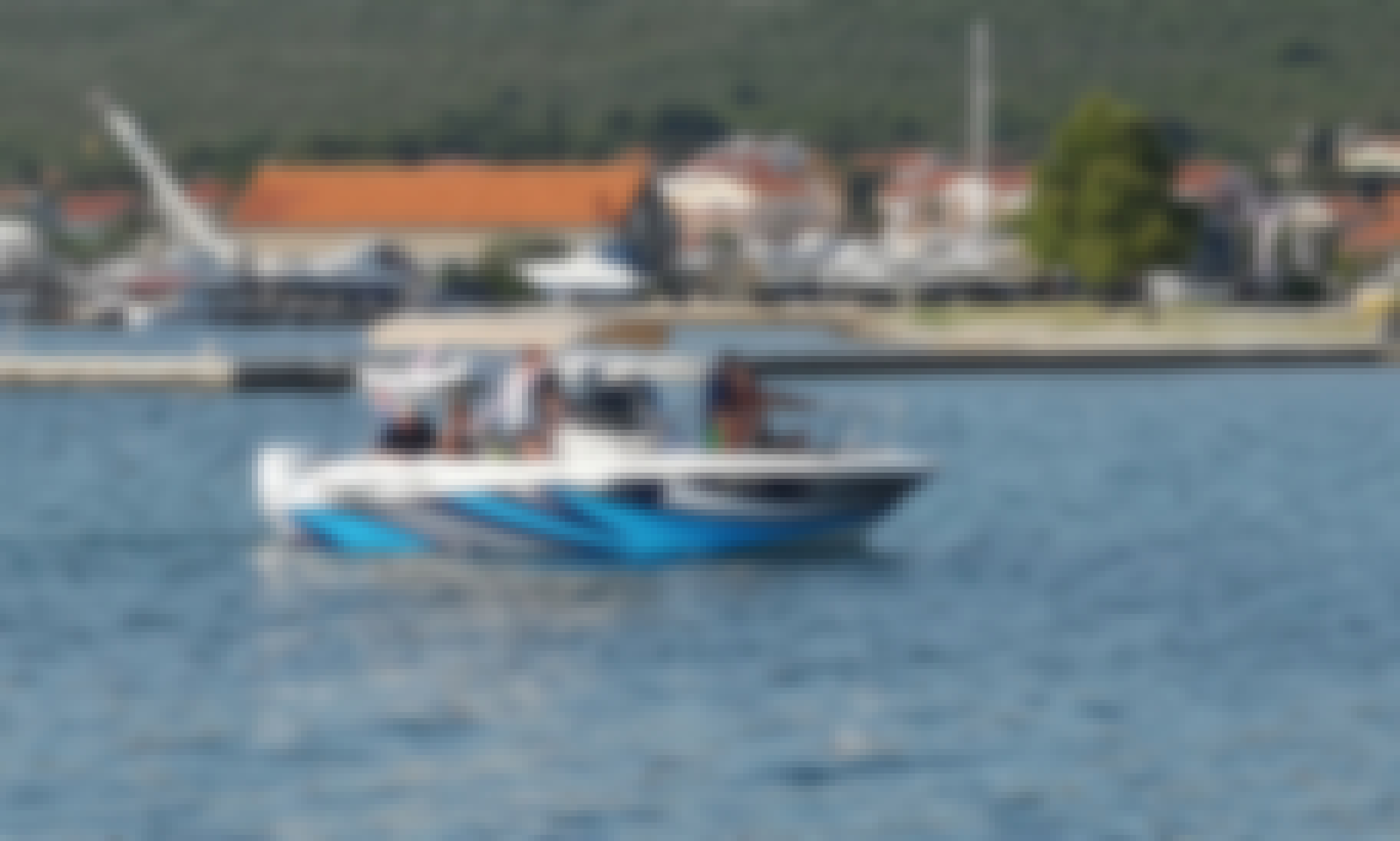Motorboat HM22 for 8 People in Sukošan, Zadar