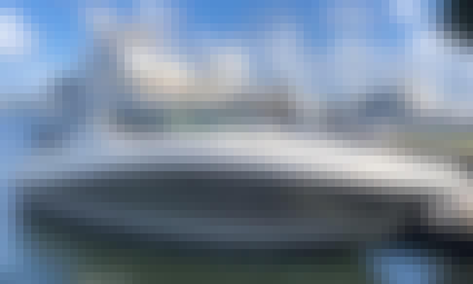 Sea Ray Sundancer 340 Motor Yacht for Rent in Miami, Florida!