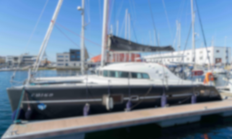 Charter Mulltihull Lagoon 410s2 Sailing Yacht Charter in Vigo