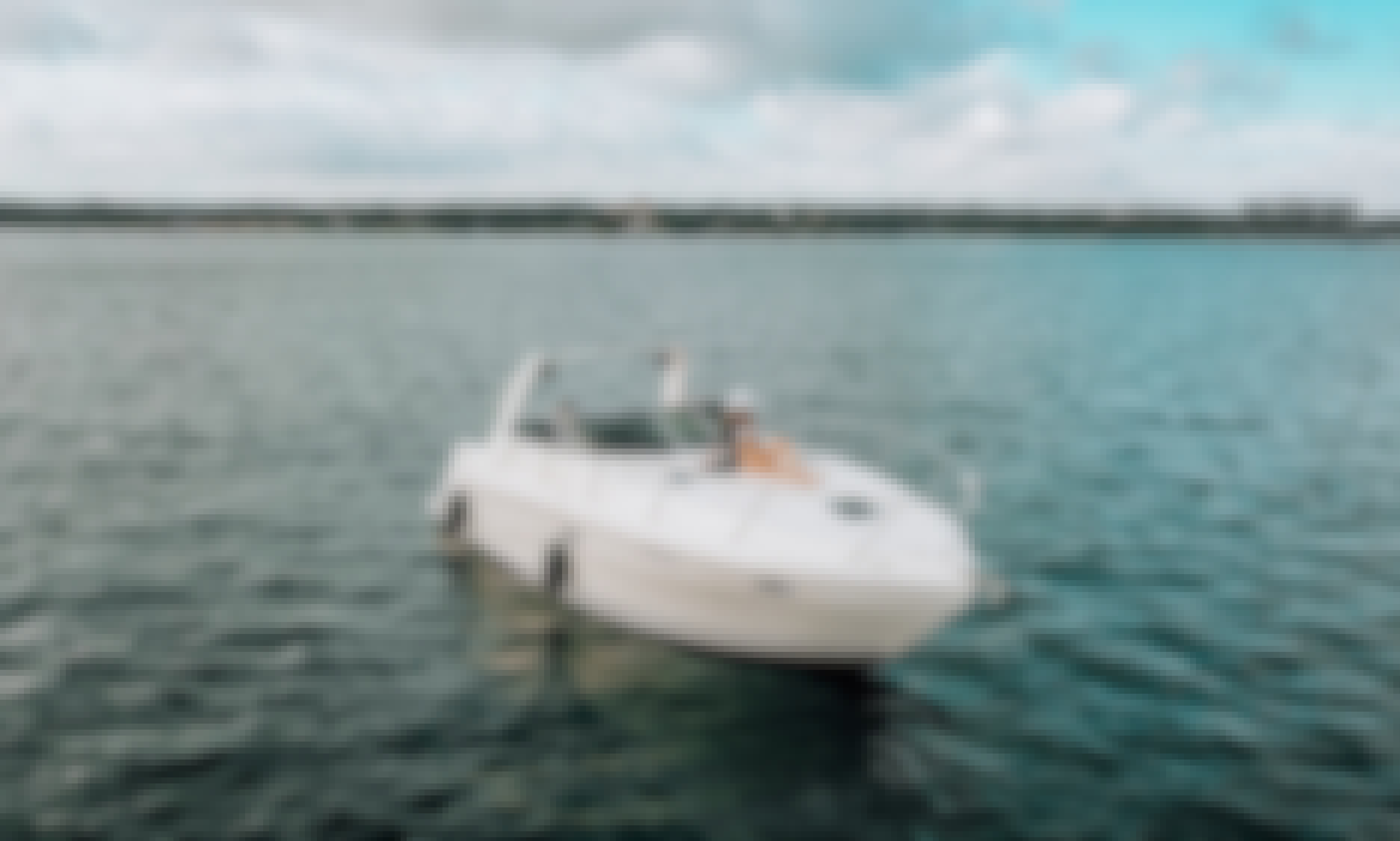 Rinker 310 Yacht for rent on Lake Travis!