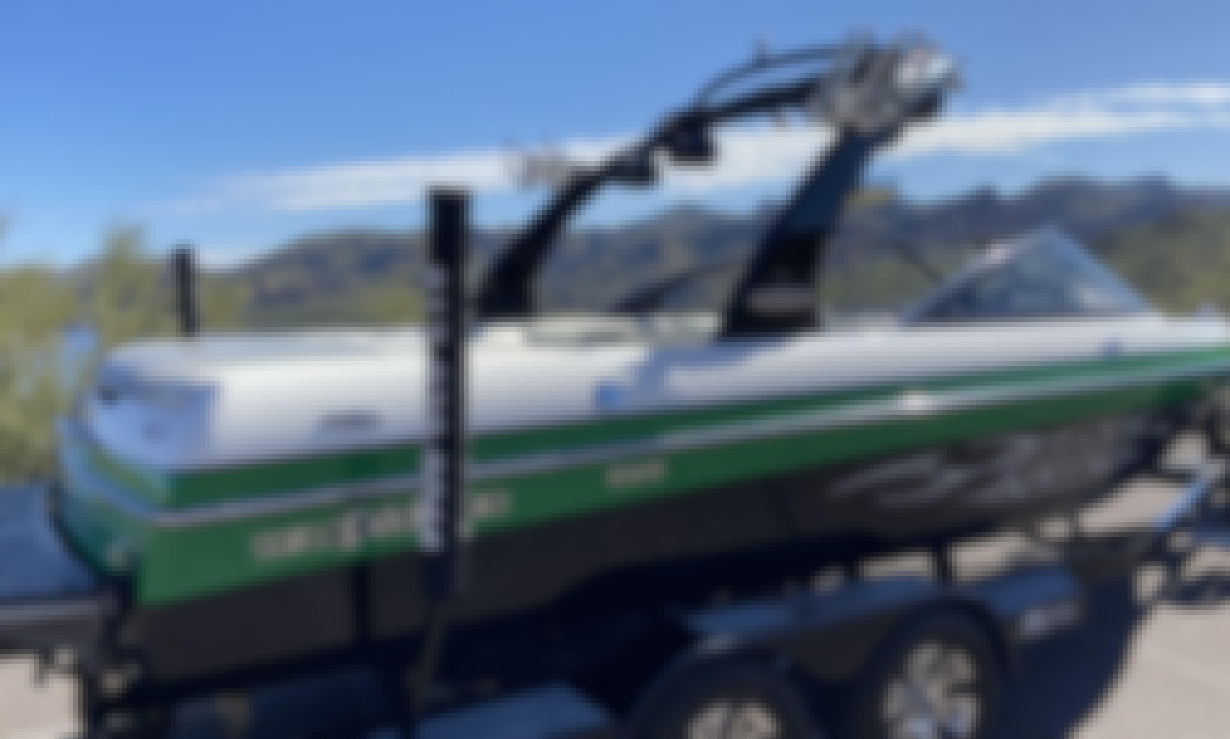 Malibu Wakesetter Surf Boat