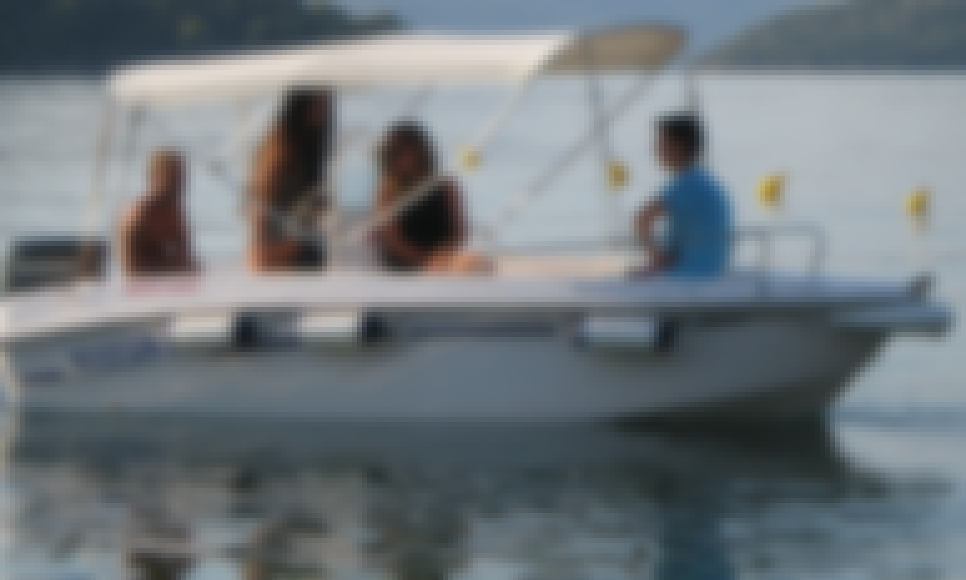 """Rent the Nirefs 440 """"Ionian 3"""" Powerboat in Perigiali and Enjoy Skorpios and nearby islands!"""