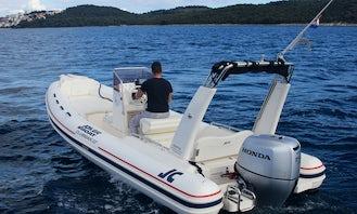 Beautiful Jokerboat Clubman 22 RIB+ Honda 150hp Rental in Trogir, Splitsko-dalmatinska županija