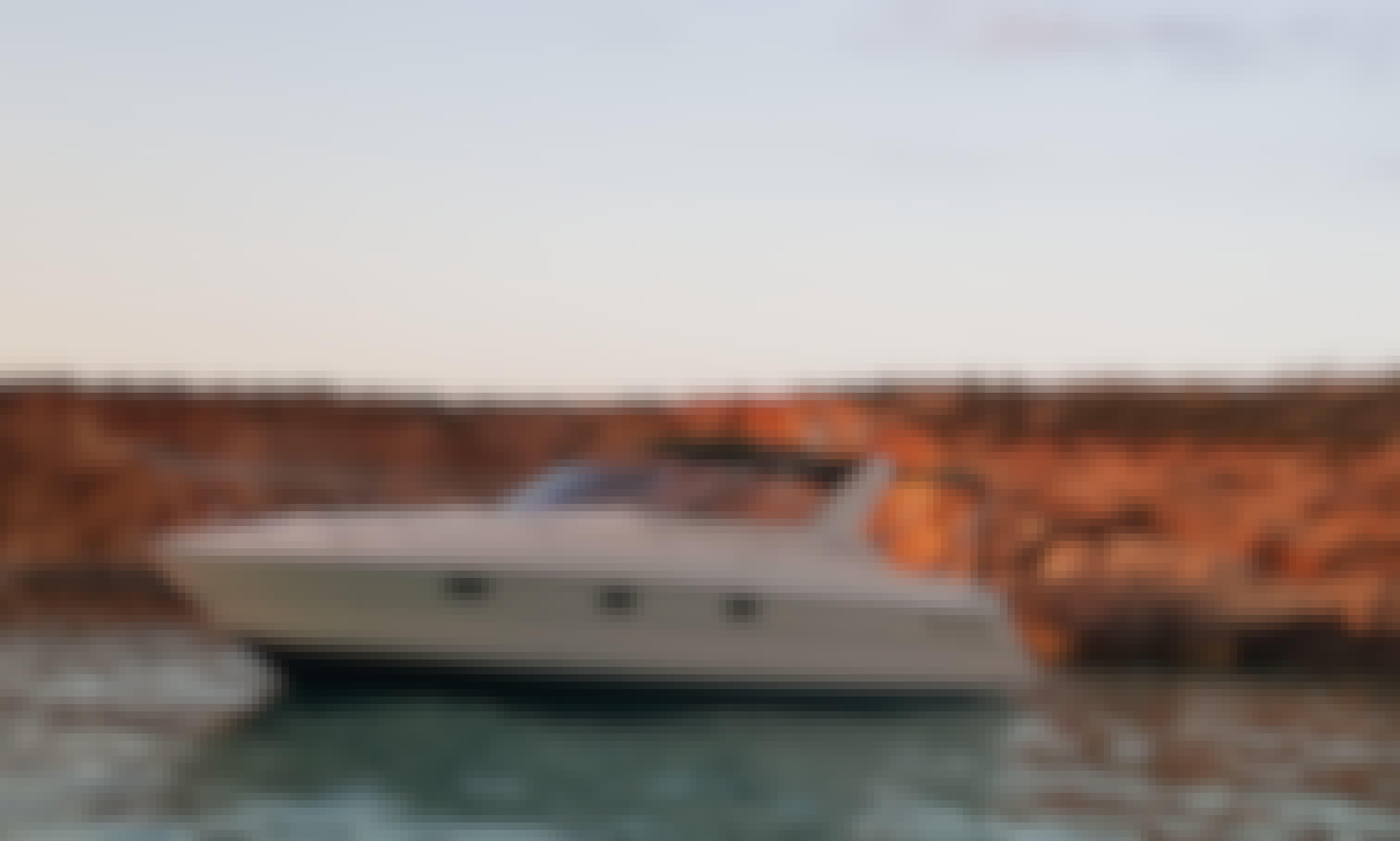 Charter the Beautiful Fairline Targa 33 Motor Yacht in San Ġiljan, Malta