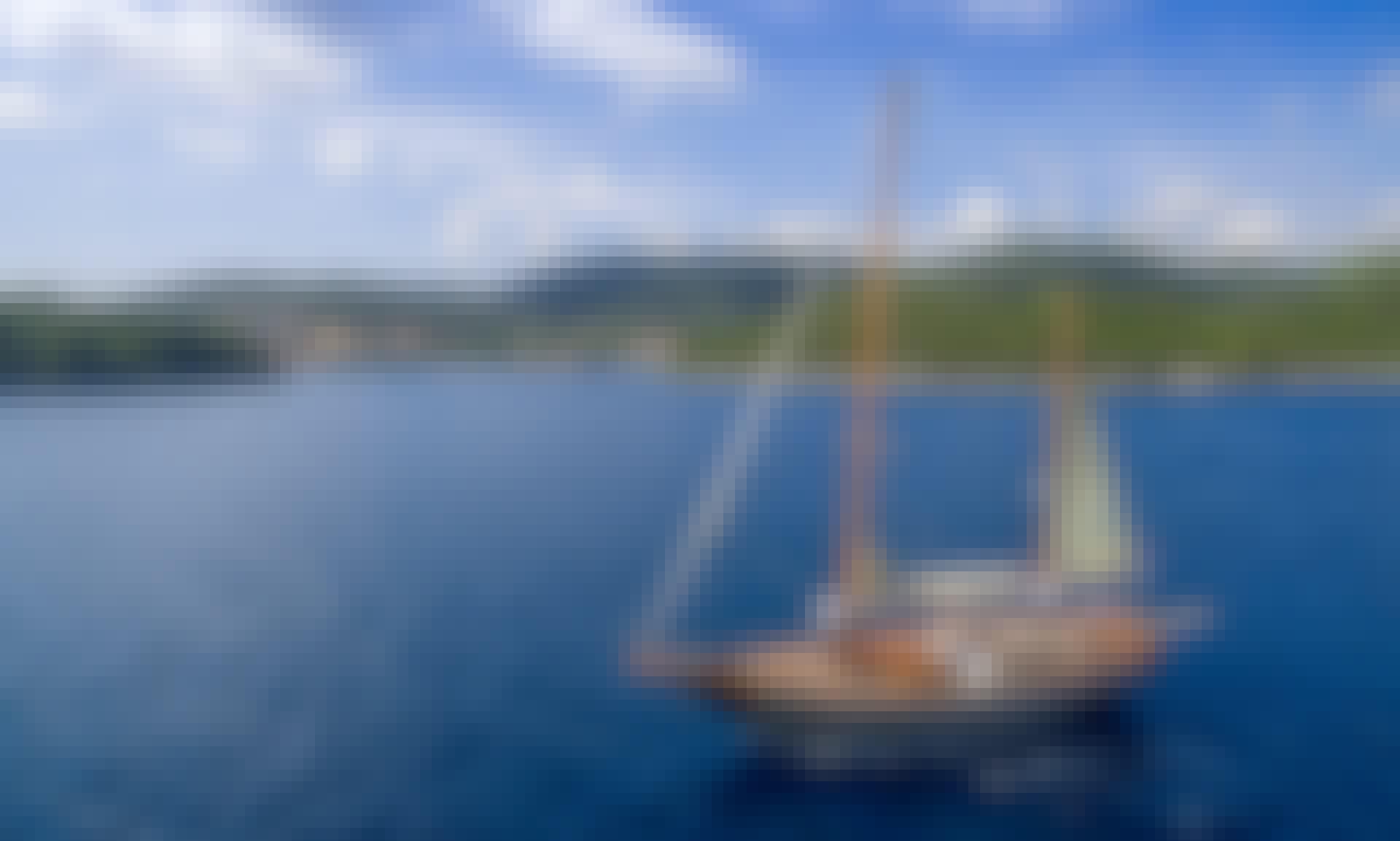 Explore Adriatic on board of vintage (2018 refit) yacht from Split