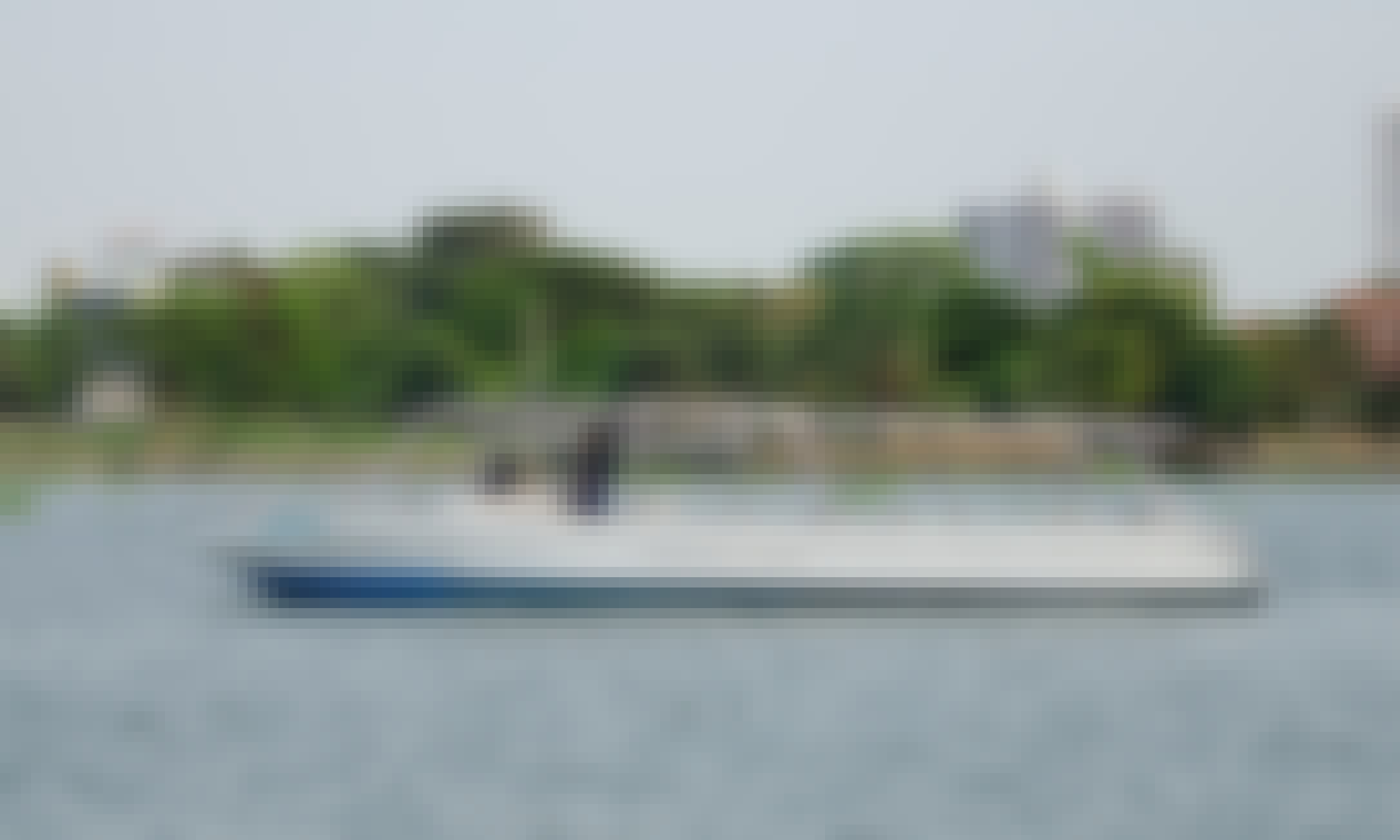 Private party speedboat rental in Bangkok & Nonthaburi
