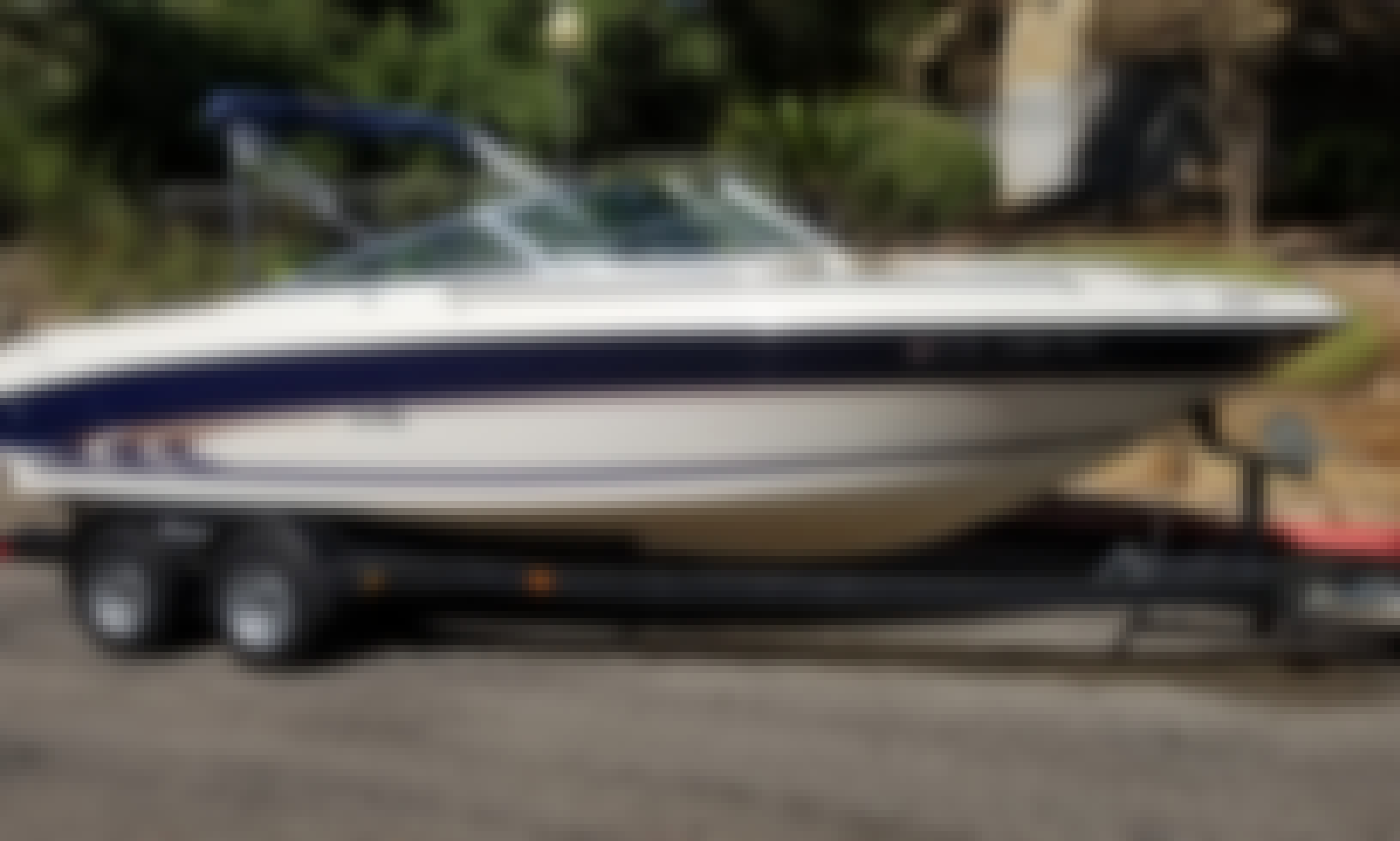 Frank's Boats on Lake Travis - 21 ft Blue Sea Ray with toys and awesome stereo. Have a BLAST on the Lake!!!