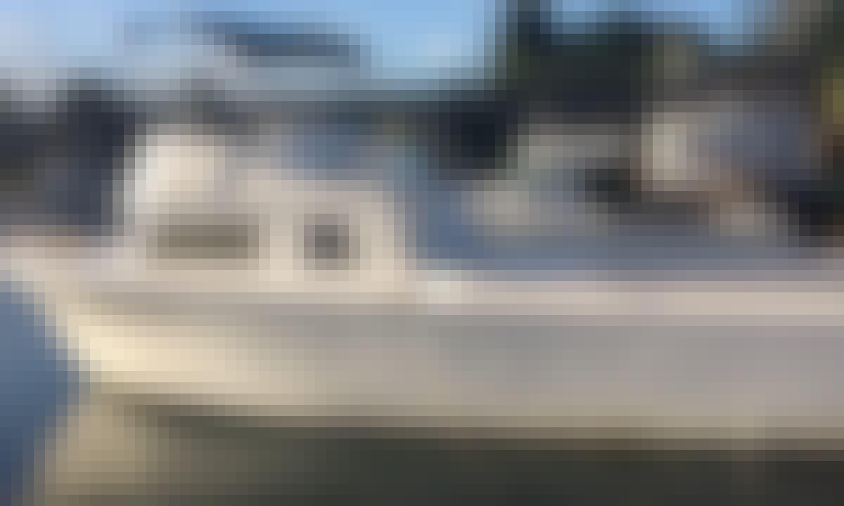 """32' Charter Fishing Boat, """"Jovan Lee"""" in Hilo Hawaii"""