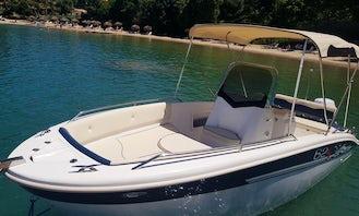 Hire the Jim Speedboat Trimarchi 62 S in Corfu, Greece