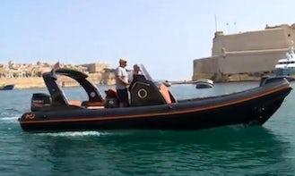 Stylish and Elegant Nuovo Jolly 25 Speedboat Rental in Saint Julian's Malta