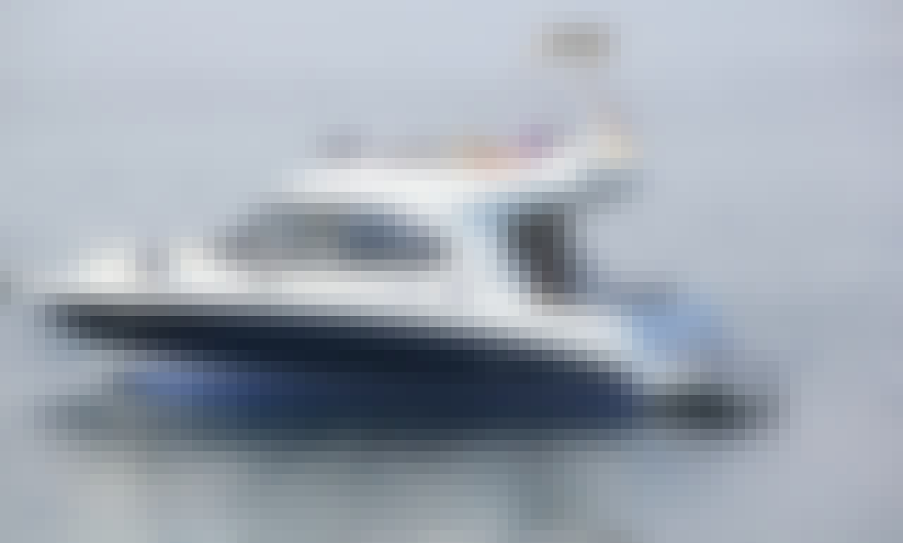 Motorboat rental in Split, Croatia - Beneteau Antares 30 Fly (Rima)