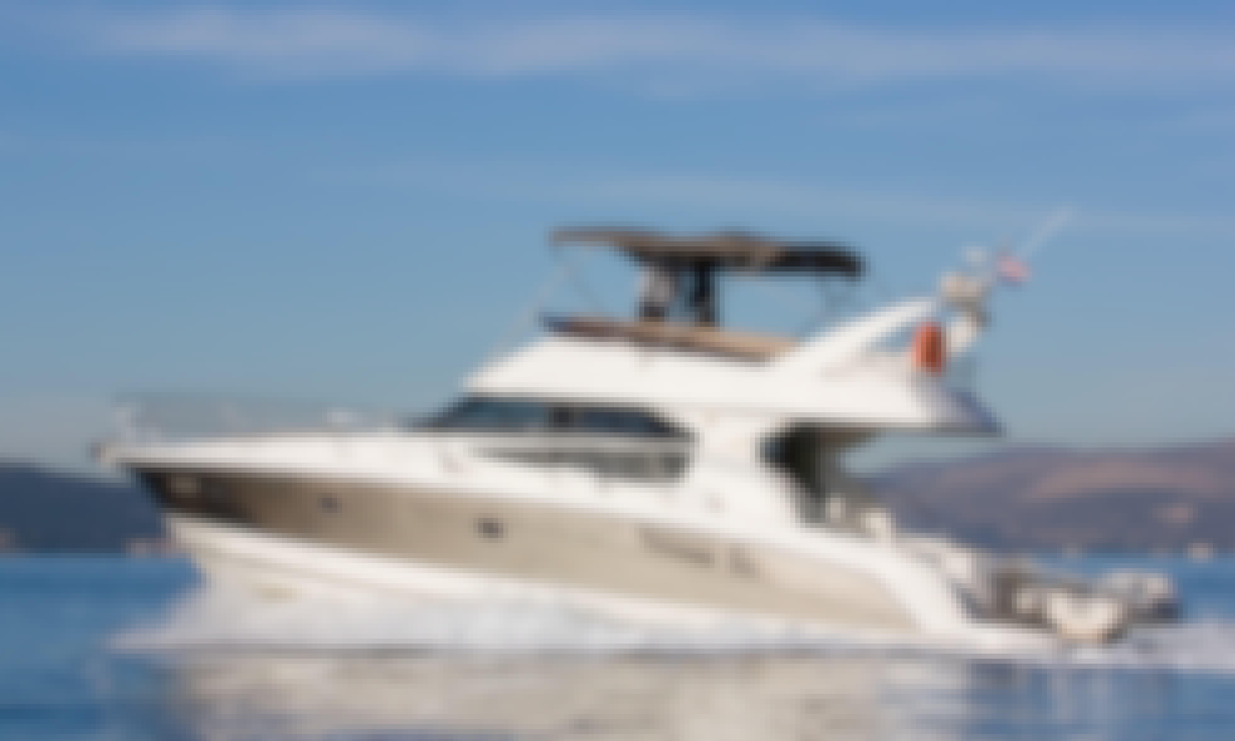 Motorboat rental in Split, Croatia - Jeanneau Prestige 440 (Biofarm)
