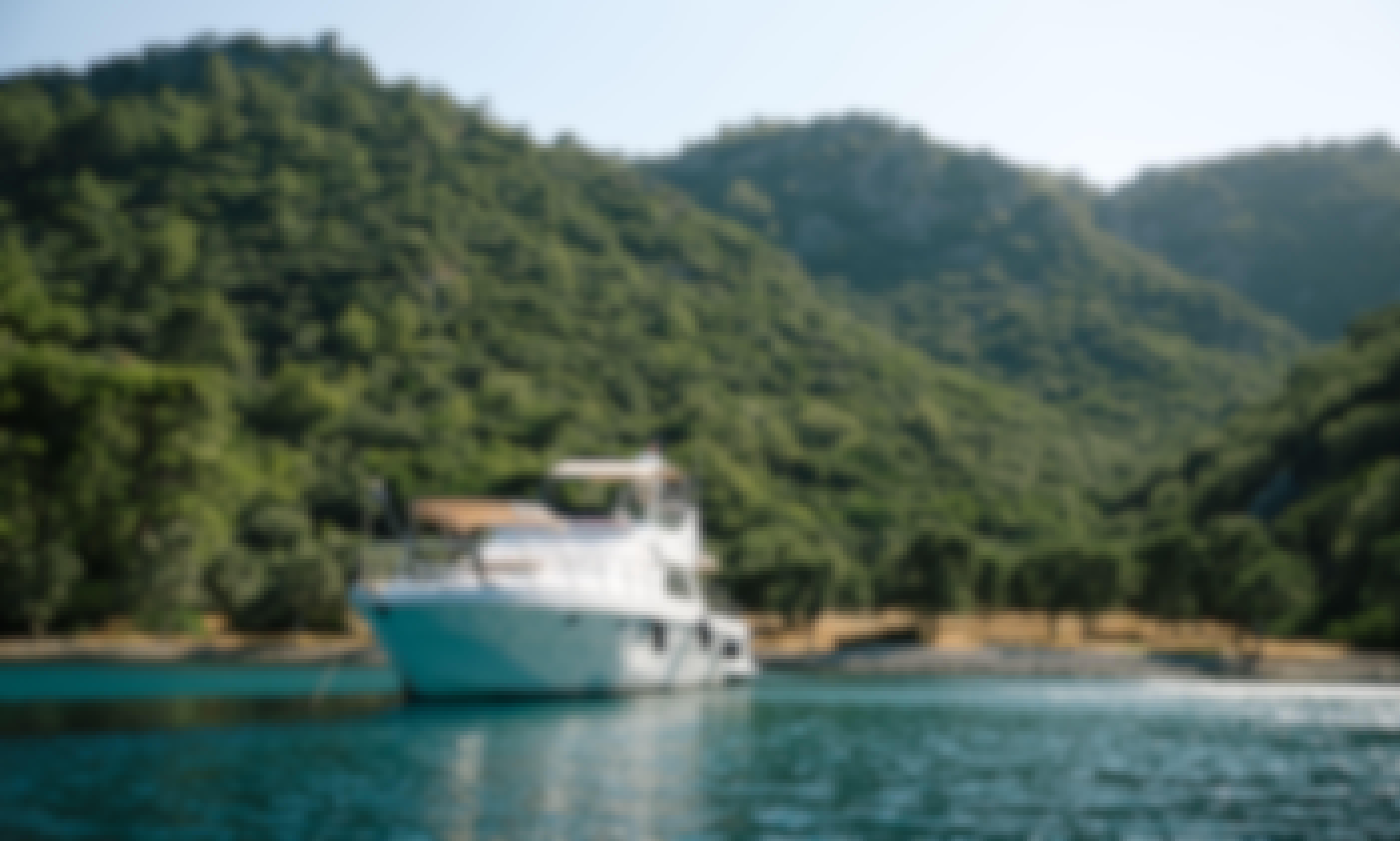 "62' Motor Yacht ""Jonathon"" Charter for 6 People in Muğla, Turkey"