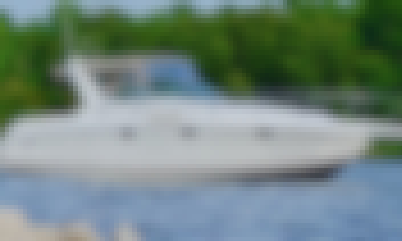 34' Powerboat Charter in Chesapeake, Annapolis MD & South River