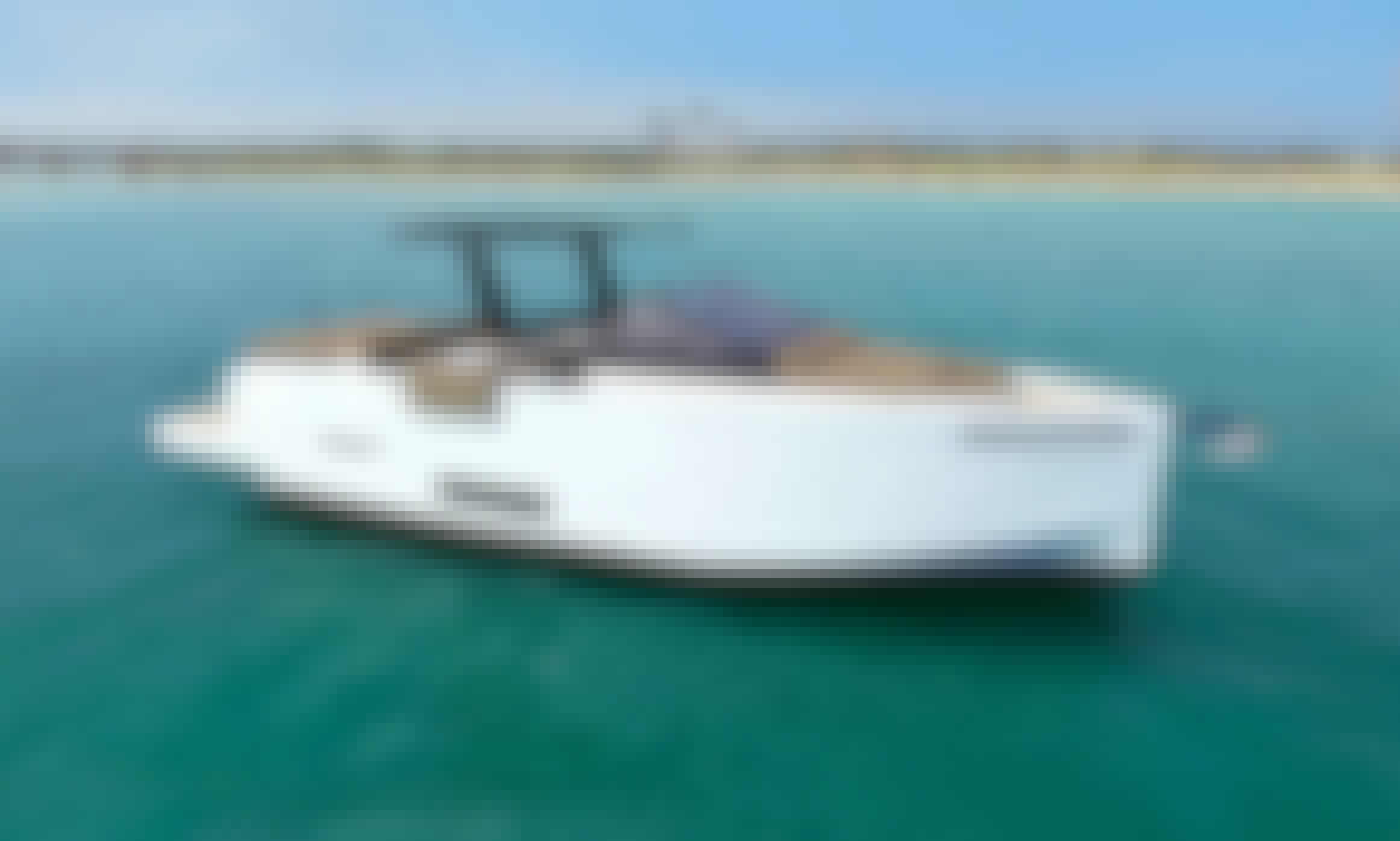 De Antonio Yachts - D34 Cruiser in Saint Tropez