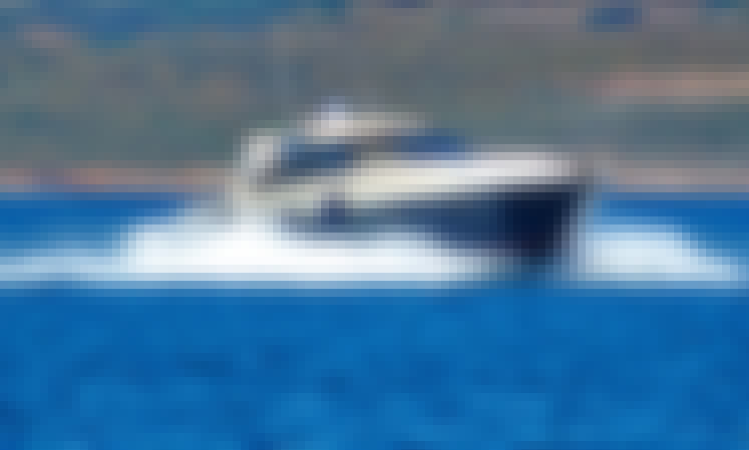 """Private Charter 56' Motor Yacht """"Remode"""" in Lavrio, Greece"""
