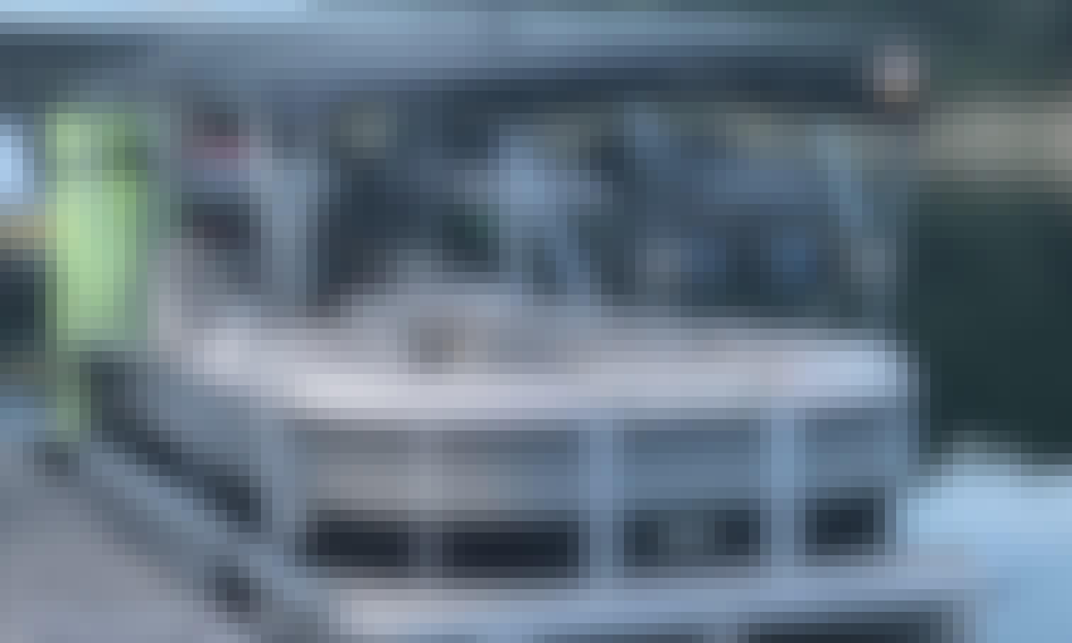 8 Guests - 2017 Harris 23.5' Double Bimini Tritoon on Lake Travis