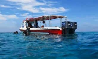 Fiberglass Speedboat for 10 People in Kecamatan Makassar, Indonesia - Great for Private Trips!