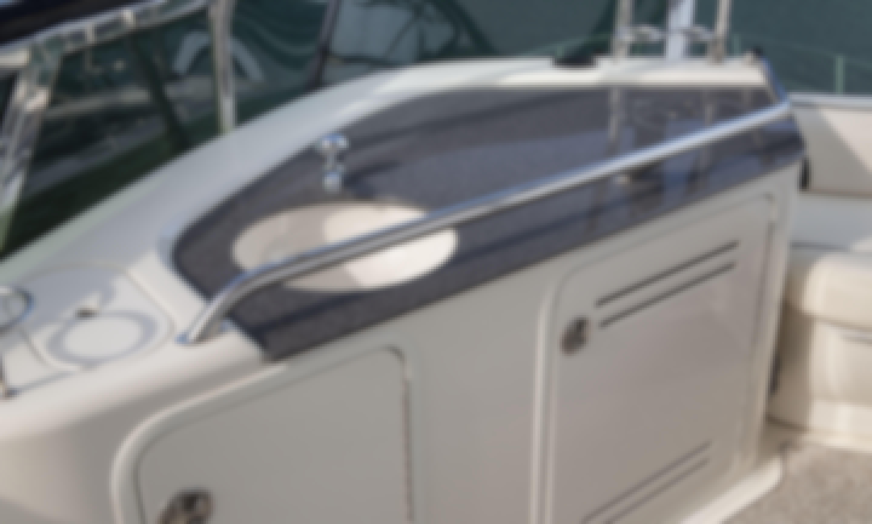 Stylish Fly Bridge Yacht in Renton and Lake Washington