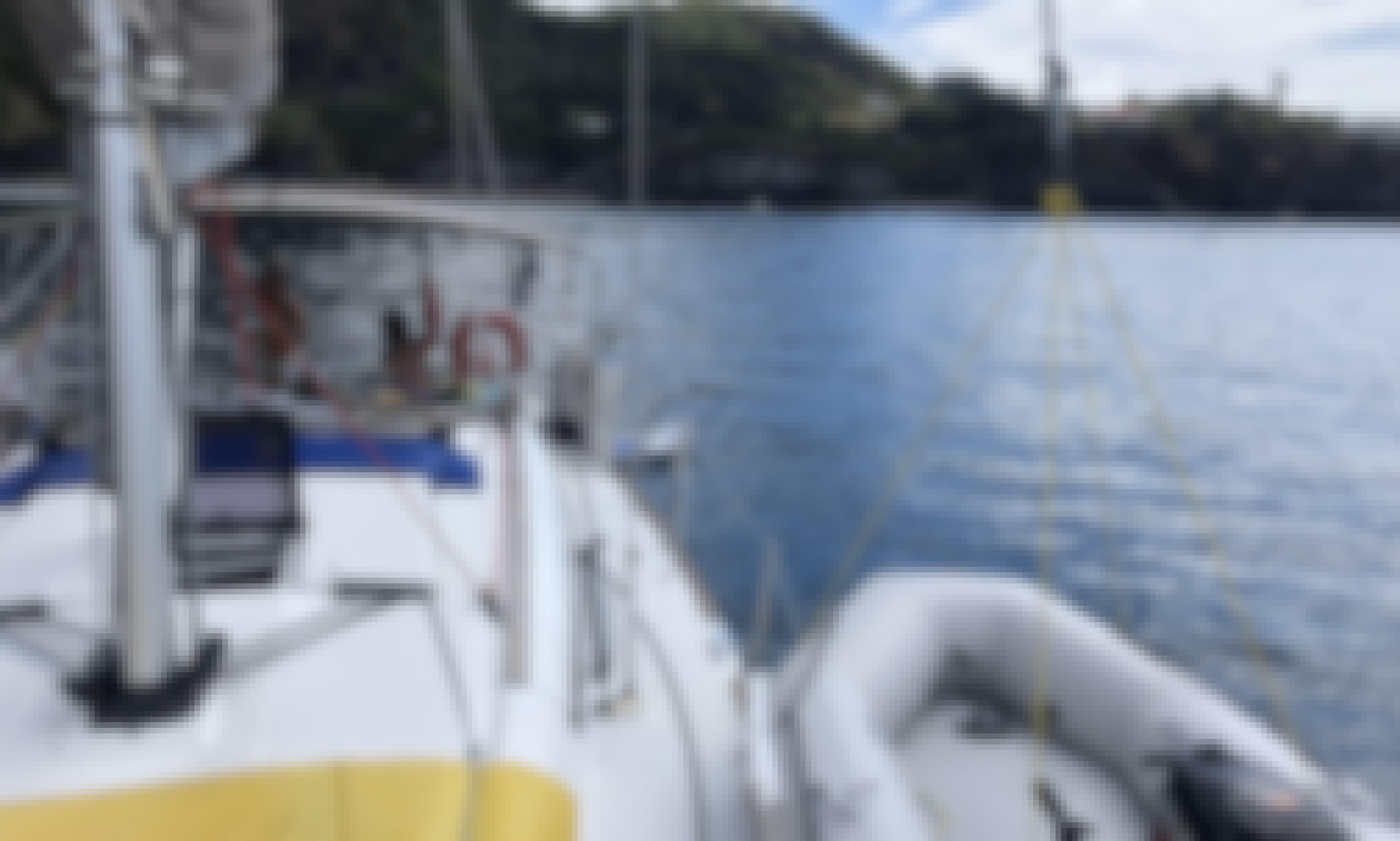 Live Aboard - Overnight & Sailing Charter in in Ponta Delgada, Açores