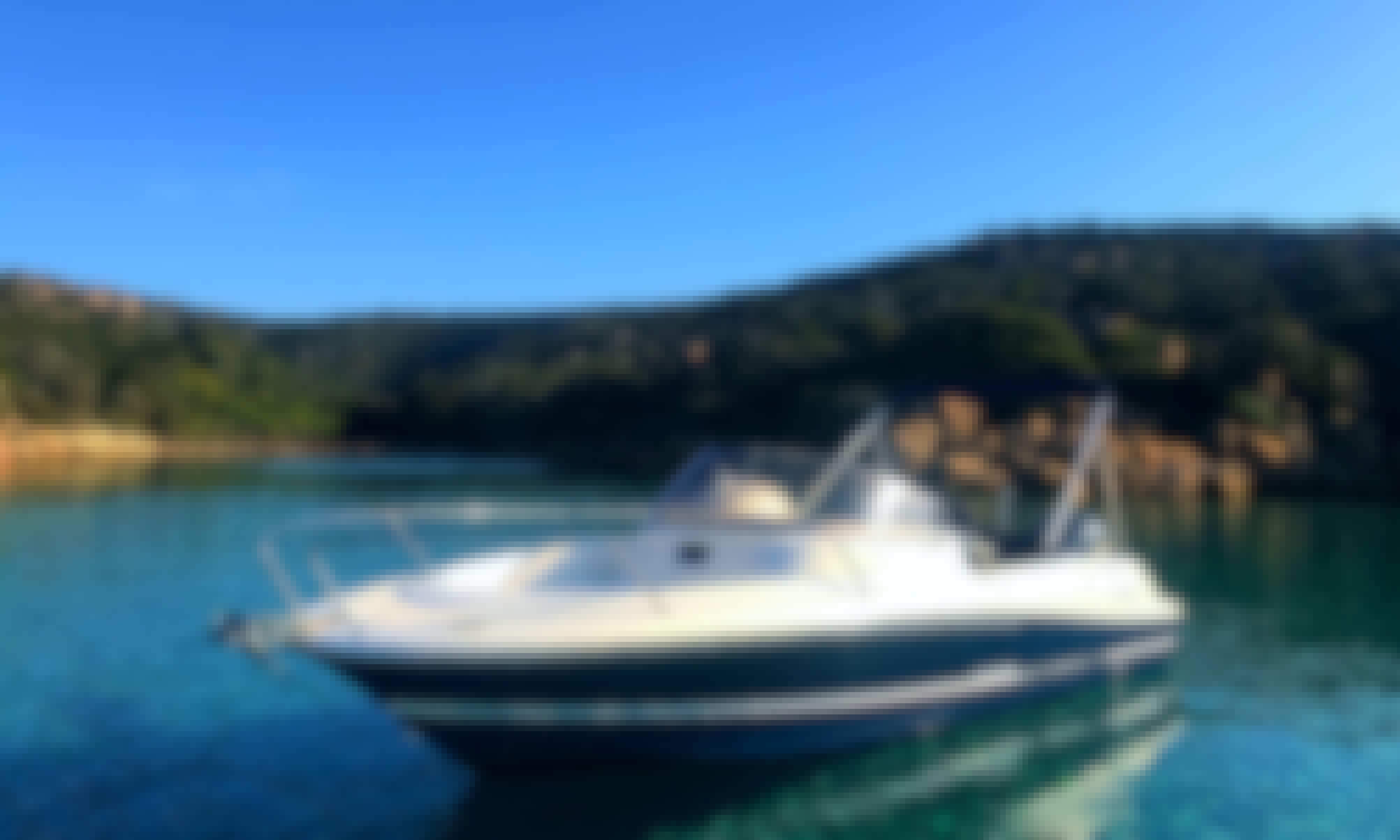Boat rental in Campomoro - JEANNEAU Cap Camarat 715
