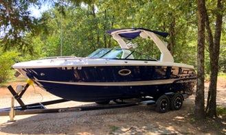26' Luxury Bow Rider for Partying, Playing, and Sunbathing on Lake Texoma