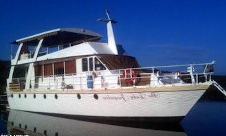 Charter the Lady Jacqueline Motor Yacht in Lake Kariba, Zimbabwe