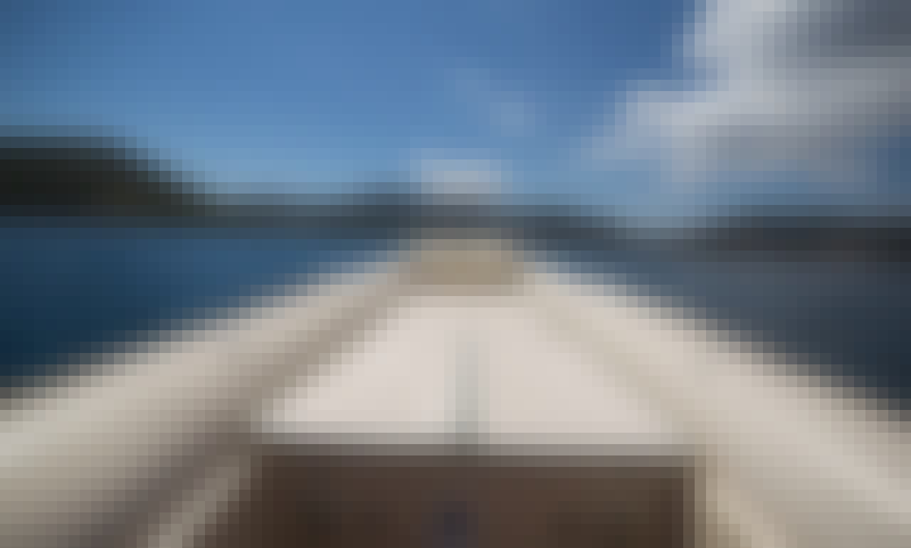 Rib in Porto Rafti